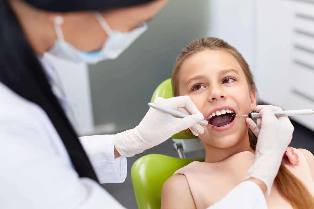 Tratando con niños en el dentista